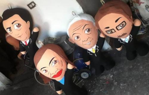 Piñatas of the presidential candidates in Mexico